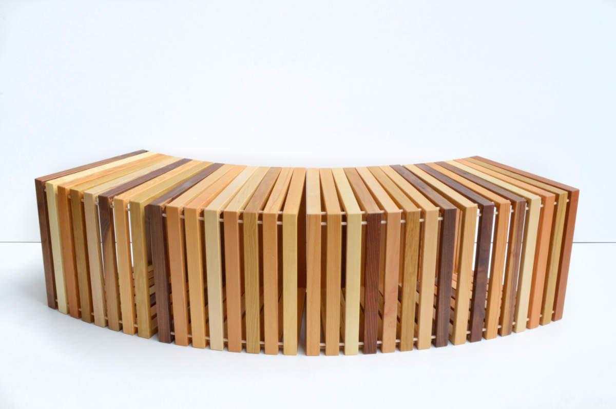 Beistelltisch oder Sitzmöbel »Mäander«